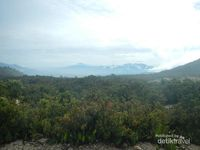 Sudut-sudut Cantik Gunung Papandayan di Garut