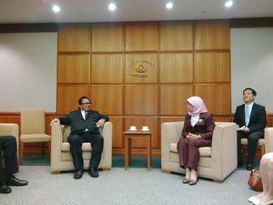 Delegasi MPR Bertemu Ketua Parlemen Singapura Halimah Yacob