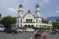 Rute Asyik Seharian Keliling Semarang