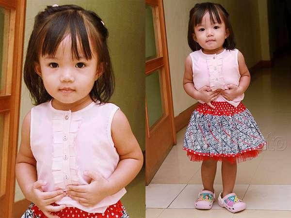 Imutnya Anak Ayu Dewi dengan Rok Tutu Batik