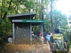 Mau Mendaki Gunung Gede Via Jalur Cibodas? Kenali Dulu Posnya