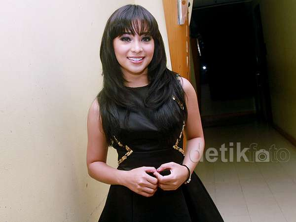 Rancak Bana... Makin Dewasa, Nikita Willy Makin Cantik