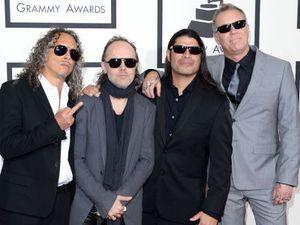 Posting Foto di Studio, Metallica Tegah Garap Lagu Baru?