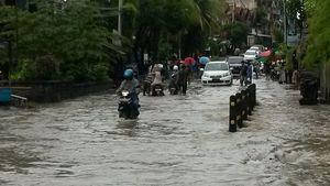 Hujan Deras Mengguyur, Beberapa Kawasan di Denpasar Tergenang Banjir
