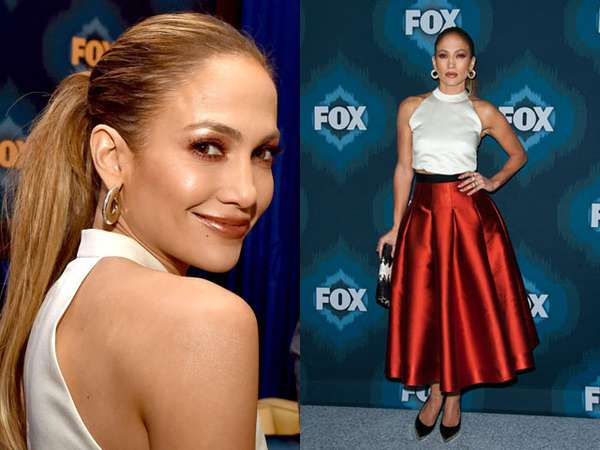 Hot Merah-putih ala Jennifer Lopez