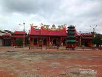 Inikah Vihara Terbesar di Sumatera?