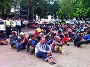 Sepuluh Debt Collector di Bandung Terjaring Razia Preman