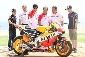 Banyak Fans di Indonesia, AHM Hadirkan Marquez dan Pedrosa di Bali