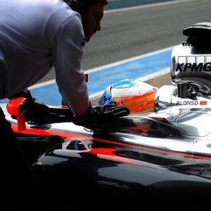 Catatan Waktu di Jerez Tak Bikin McLaren Risau