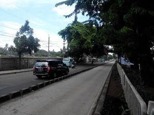 Dear Pak Ahok, Perbaikan Jalan Rusak Depan Lapas Cipinang Dikerjakan Setengah Hati
