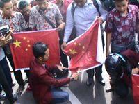 Protes Intimidasi Muslim Ughyur, Pendemo di Medan Bakar Bendera Cina