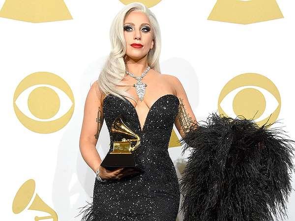 Lady Gaga Anggun di Grammy 2015