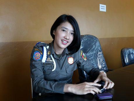 Kisah Winda, Satpol PP Cantik yang Bikin Gemes PKL Pekanbaru
