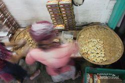 Asyiknya Wisata ke Pabrik Bakpia Pathok di Yogyakarta