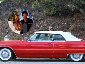Ditolak, Mobil Antik dari Fans untuk Paris Hilton Dihancurkan?