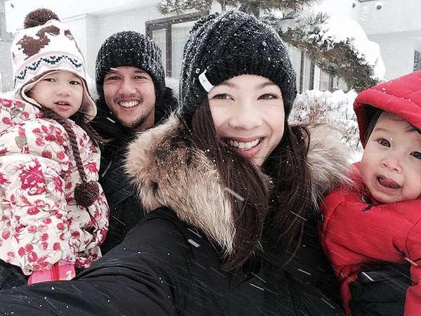 Kebersamaan Jennifer Bachdim dan 2 Anaknya yang Super Cute