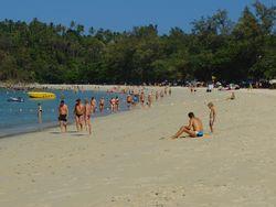 Pantai di Phuket Favorit Para Bule Seksi