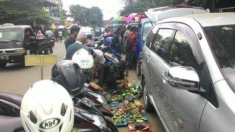 Begini Suasana Demam Batu di Pasar Akik Terbesar di Indonesia - 2