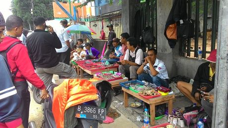 Begini Suasana Demam Batu di Pasar Akik Terbesar di Indonesia - 3