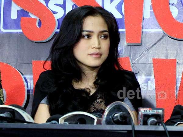 Akhirnya Jessica Iskandar Buka-bukaan