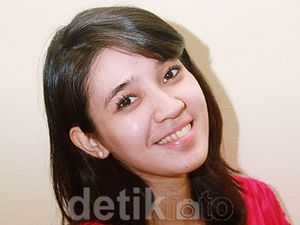Ditanya Soal Momongan, Dhini Aminarti: Basi Ah!