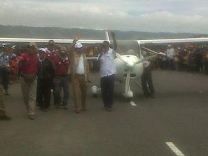 Hadiri Jogja Air Show, Menpora Imam Beri Sambutan dari Atas Pesawat