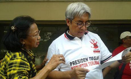 Tim 9 Prihatin Kriminalisasi Terhadap KPK, Denny dan Tempo Jalan Terus