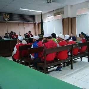 15 Anggota FPI yang Demo Ricuh Tolak Ahok Dituntut 8 Bulan Penjara
