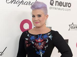 Punya Gen Kanker, Kelly Osbourne Berencana Operasi Angkat Ovarium Seperti Jolie