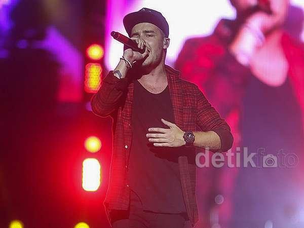 Liam Payne di Konser One Direction Jakarta, Atraktif Banget!
