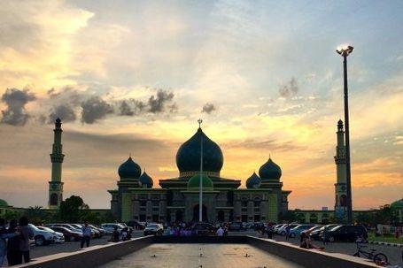 Masjid Rasa Taj Mahal di Pekanbaru