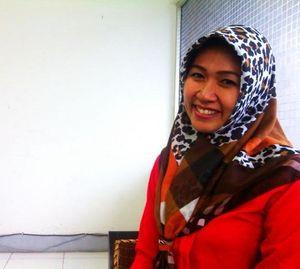 Cerita Brigadir Sthanny yang Memutuskan Pakai Jilbab