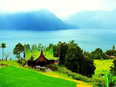 Perjalanan ke Sumatra Barat yang Membuka Mata