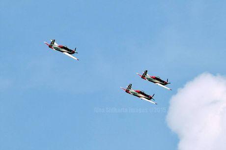 Jelang HUT TNI AU 9 April, Tim Aerobatik Jupiter Berlatih di Halim