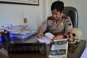 AKBP Hastry, Buku Forensik, dan Cerita Tengkorak Cantik di Kantor