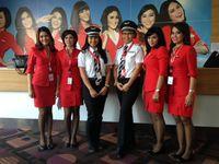 Penerbangan Kartini AirAsia, Semua Pilot & Awak Kabin Wanita