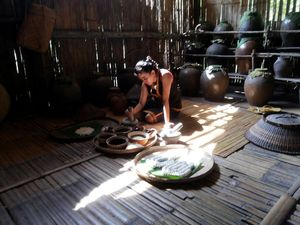 Melihat Suku Dayak, Tapi di Malaysia