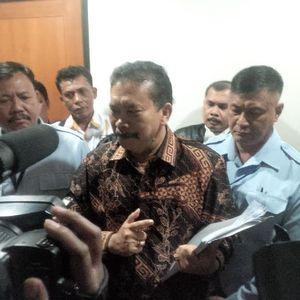 Jaksa: Bonaran Halalkan Segala Cara Demi Jadi Bupati, Cabut Hak Politik