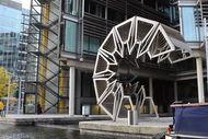 Keren! London Punya Jembatan yang Bisa Digulung