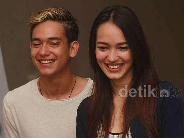 Adipati Dolken dan Melayu Nicole, Serasi?