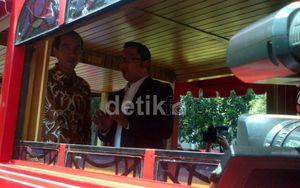 Jokowi Bilang Nggak Mikir, Ridwan Kamil Bilang Belum Saatnya