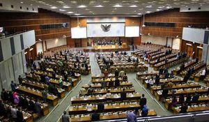 Puaskah Rakyat Terhadap Kinerja DPR?