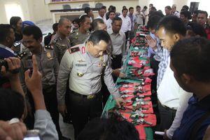 Polisi Sita 73 Senpi dalam Operasi Sikat I Krakatau di Lampung