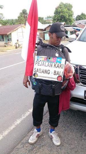 Ingin Rasakan Luasnya Nusantara, Pria Kediri Ini Jalan dari Sabang ke Bali