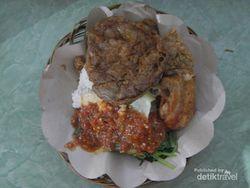 Nikmatnya Nasi Tempong, Panganan Pedas Khas Banyuwangi