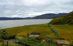 Terpesona Indahnya Danau Diatas di Solok