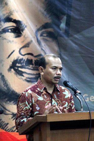 Andrinof Chaniago: Reshuffle, Kami Tak Peduli