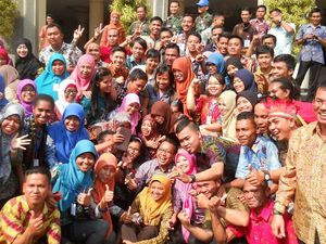 Menteri Anies Kirim Guru ke Papua, Ketua PGRI: Perhatikan Juga Guru Honorer