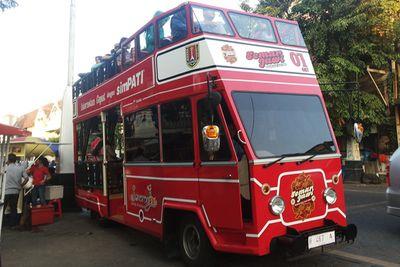 Bus Wisata Semarjawi, Cara Asyik Keliling Kota Lama Semarang