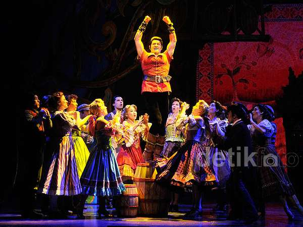 Mengintip Cuplikan Broadway 'Beauty and The Beast'